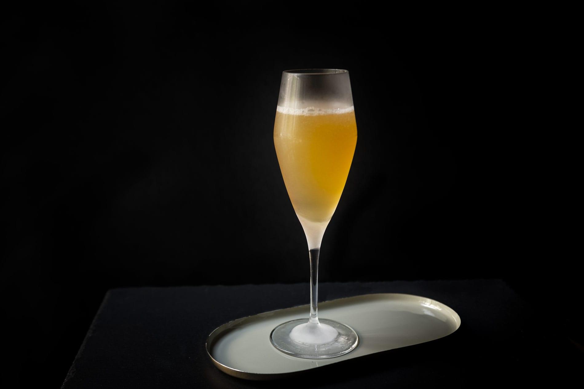 Air Mail Cocktail Rezept & Zubereitung